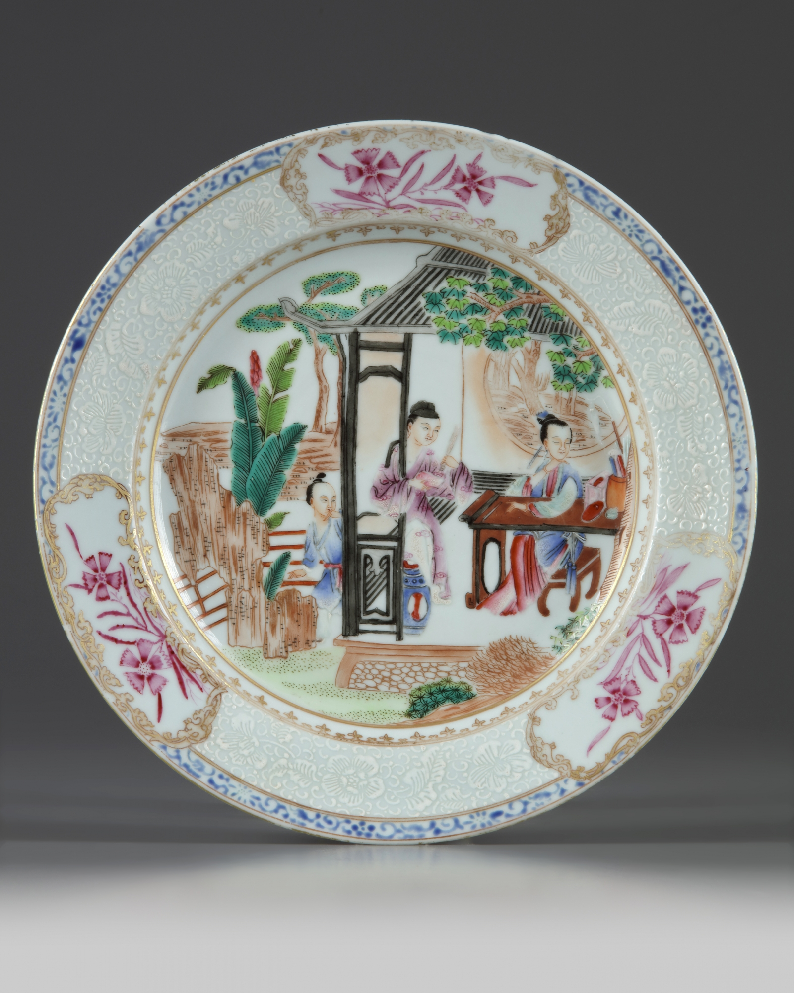 Lot 37 - A Chinese famille rose 'ladies' dish