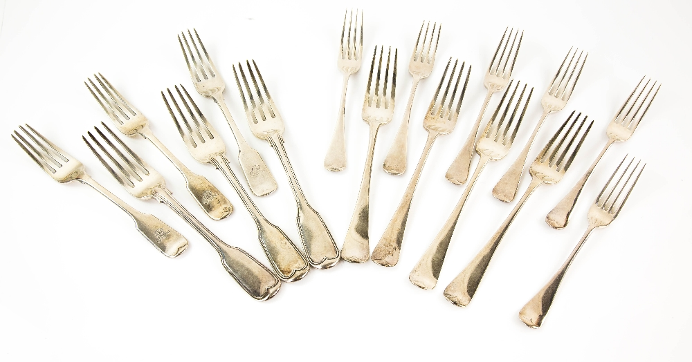 Lot 2005 - Selection of George III and later silver dinner and dessert forks, to include fiddle and thread,