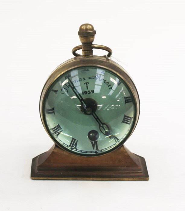 Lot 4028 - **REOFFER IN A&C NOV £60-£80** A mantle clock with white enamel dial with Roman numerals marked WD