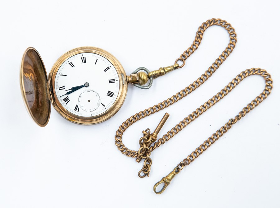 Lot 418 - **REOFFER IN A&C NOV £60-£80** Gold coloured metal pocket watch and gold coloured Albert chain