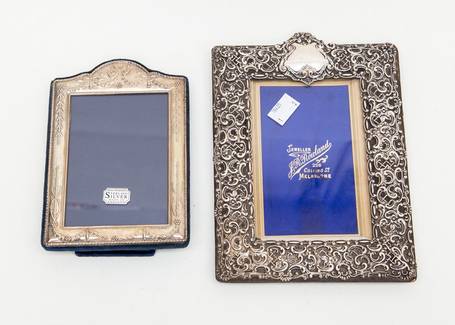 Lot 105 - A Chester silver 1898 photo frame and a Sheffield silver Carrs photo frame (in box)