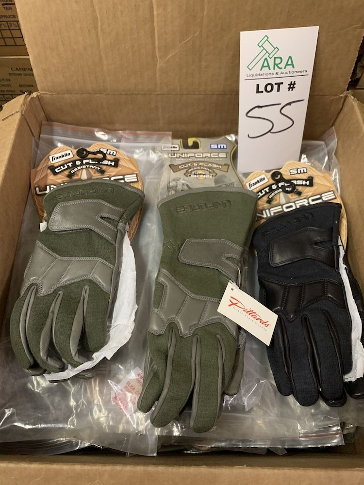 29 Pairs of Franklin Uniforce Gloves, High Performance 2nd Skinz and Cut/Flash Sml, Three Styles,