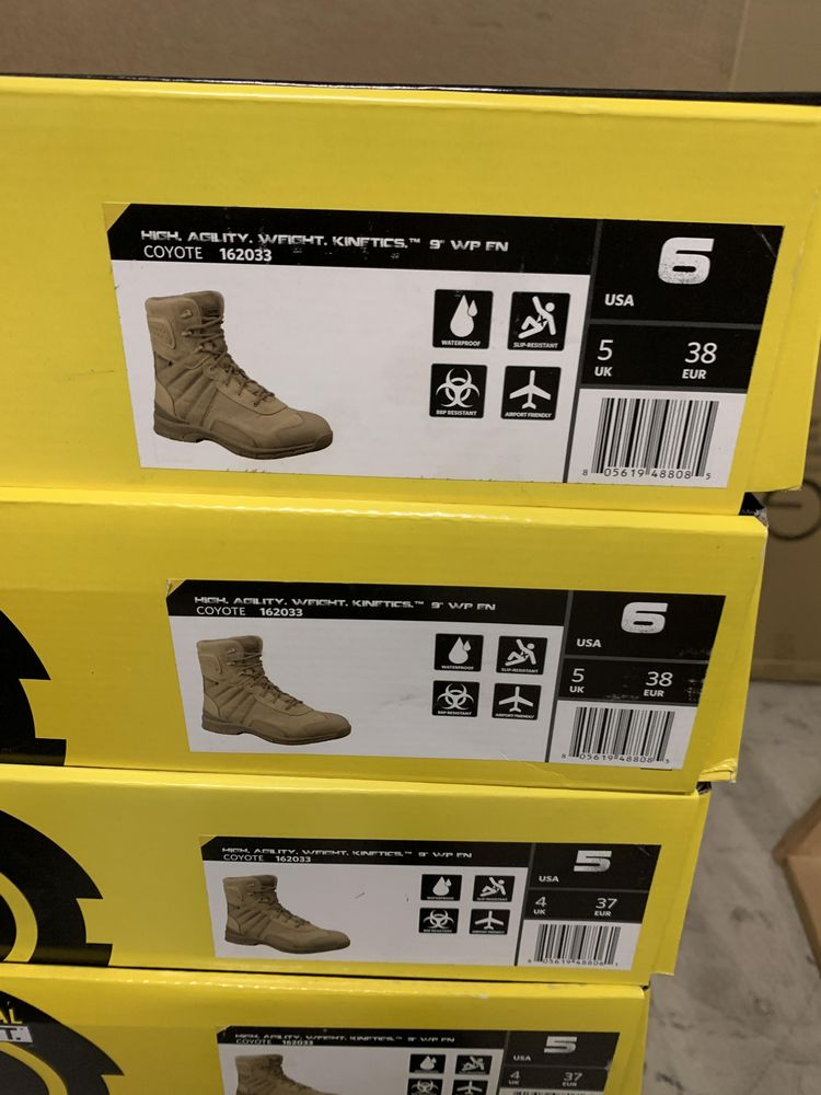 """22 Pairs of Original SWAT Tactical Boots, Coyote 162033,Tan, High Agility Weight, 9"""", Various - Image 5 of 5"""