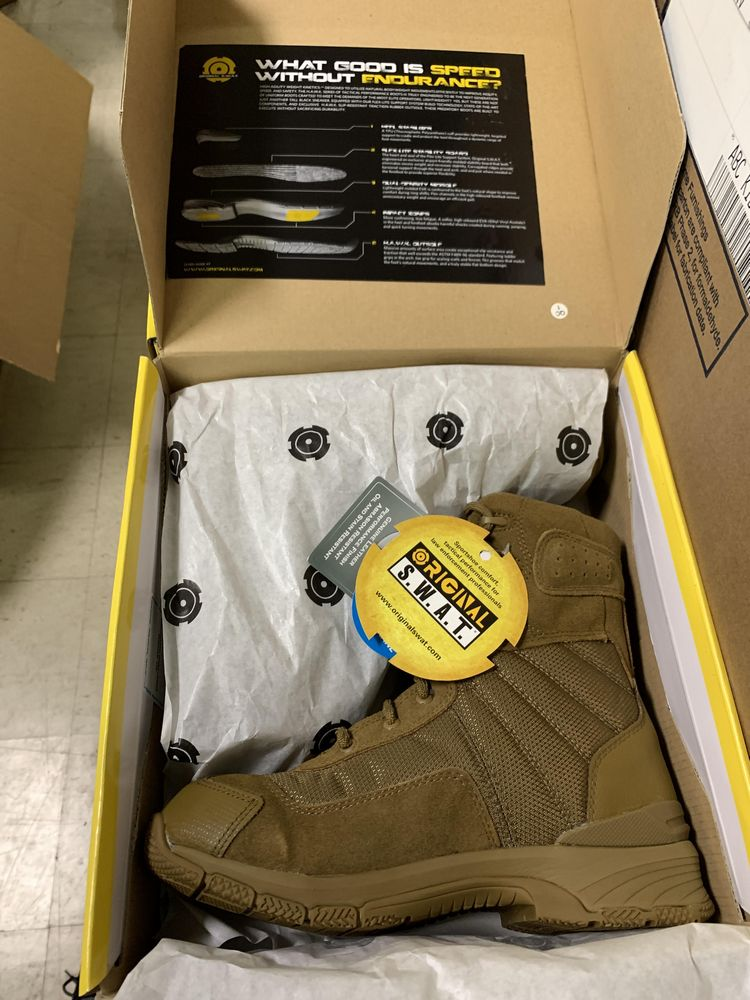 """22 Pairs of Original SWAT Tactical Boots, Coyote 162033,Tan, High Agility Weight, 9"""", Various - Image 4 of 5"""