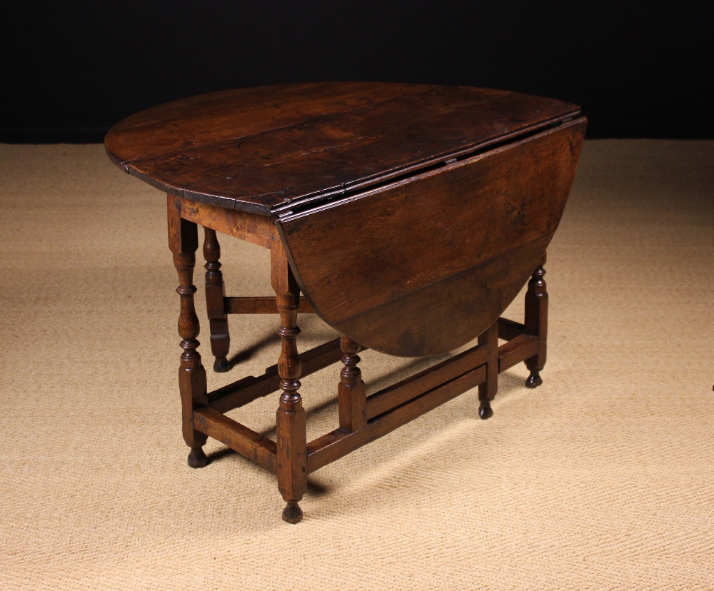 Lot 56 - A Fine Late 17th/Early 18th Century Oak Gateleg Table.