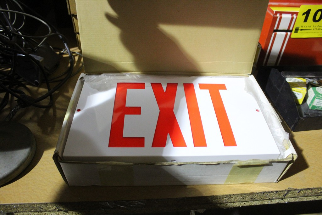 COOPER EMERGENCY EXIT SIGN - Image 2 of 2