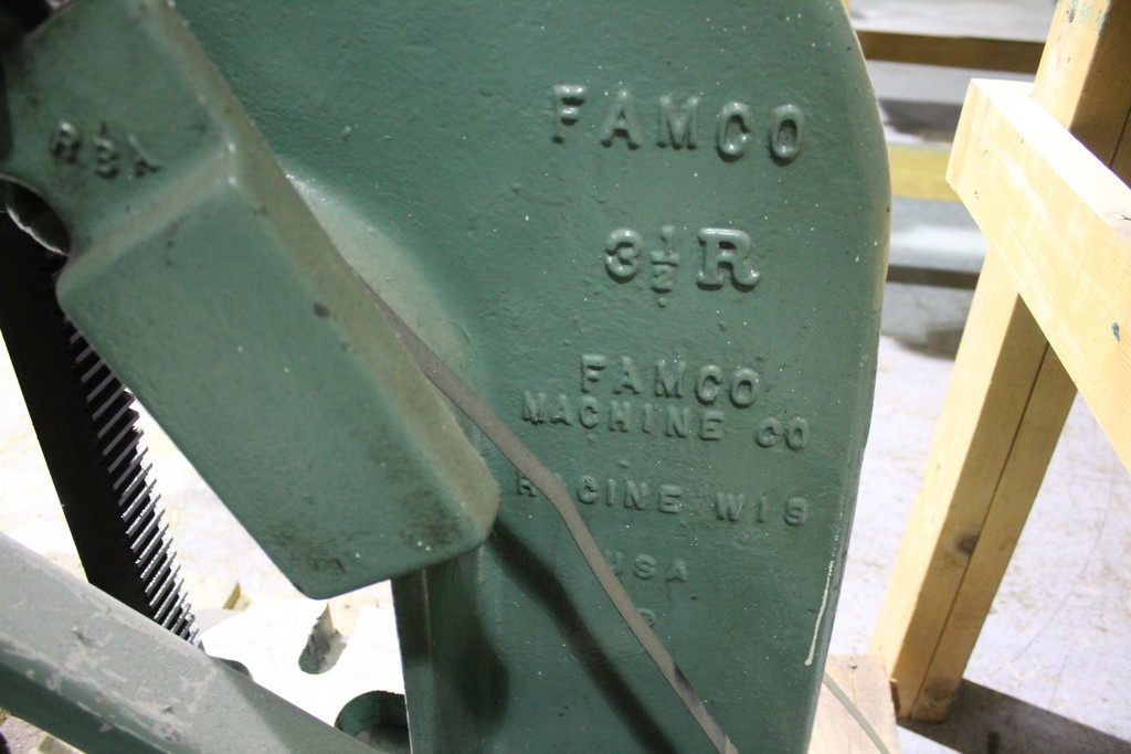 FAMCO 3 1/2R 5 TON ARBOR PRESS WITH HEAVY DUTY WALL SUPPORT STAND, FOUR PRESS PLATES - Image 3 of 4