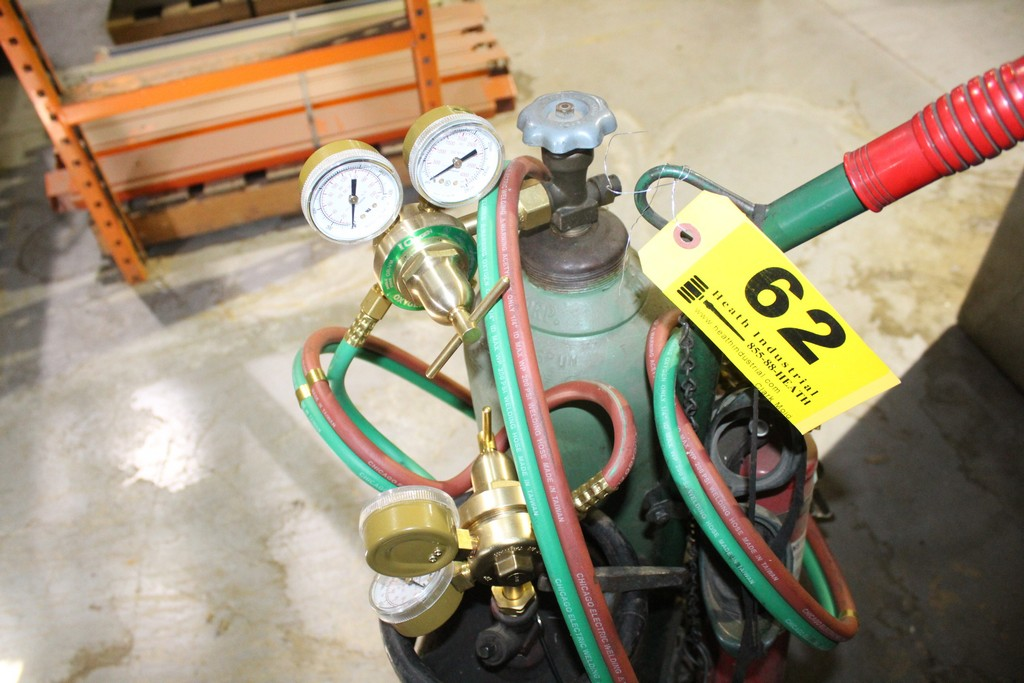 TORCH CART WITH TORCH, REGULATORS ETC (NO TANKS!) - Image 2 of 2