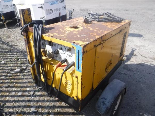 Los 370 - ARC GEN fast tow weldmaker/generator, 3 cylinder Kubota diesel engine 20-270amp 120/240V c