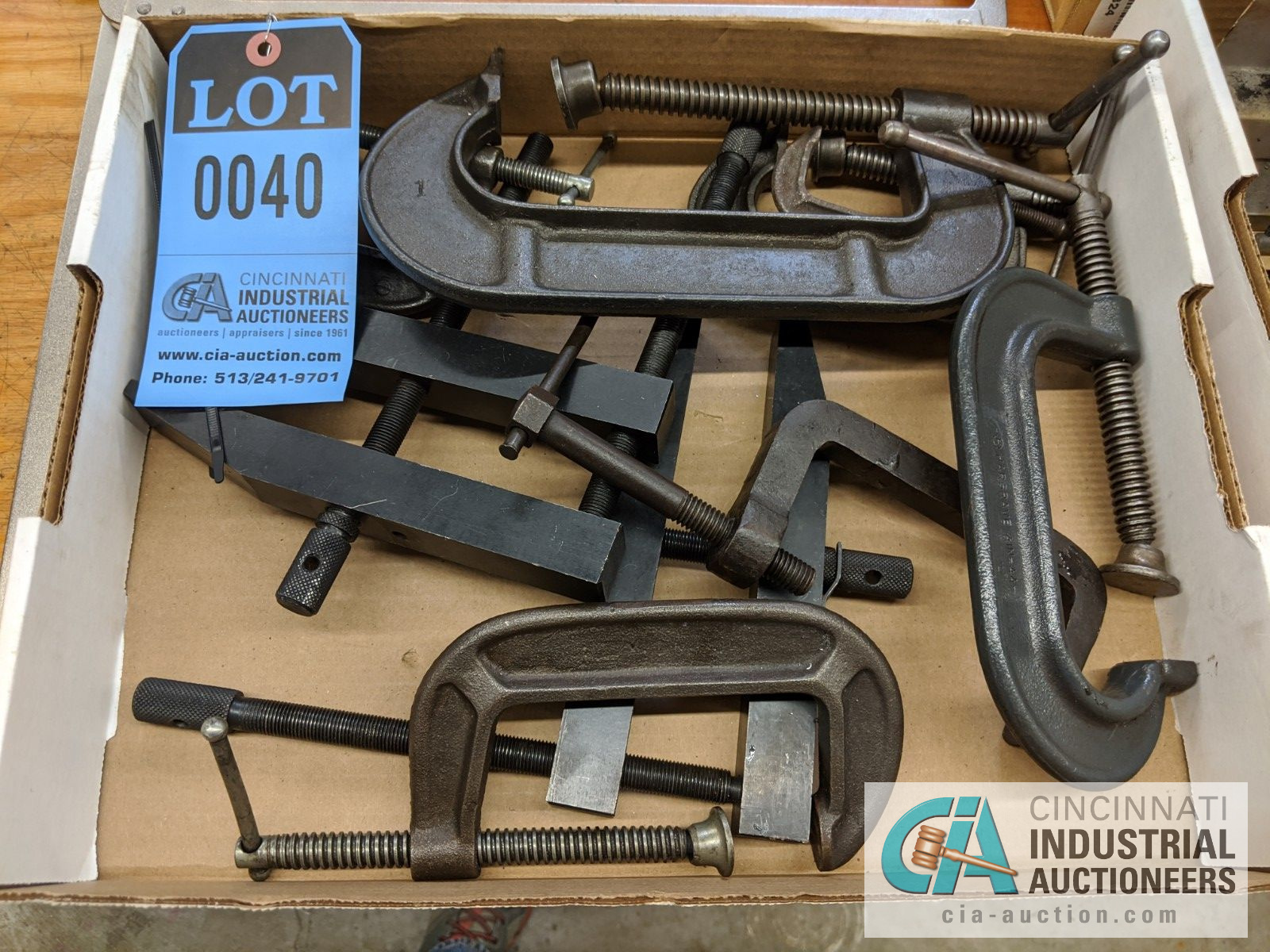 (LOT) ASSORTED C-CLAMPS AND DEEP THROAT VISE GRIP CLAMPS - Image 2 of 3