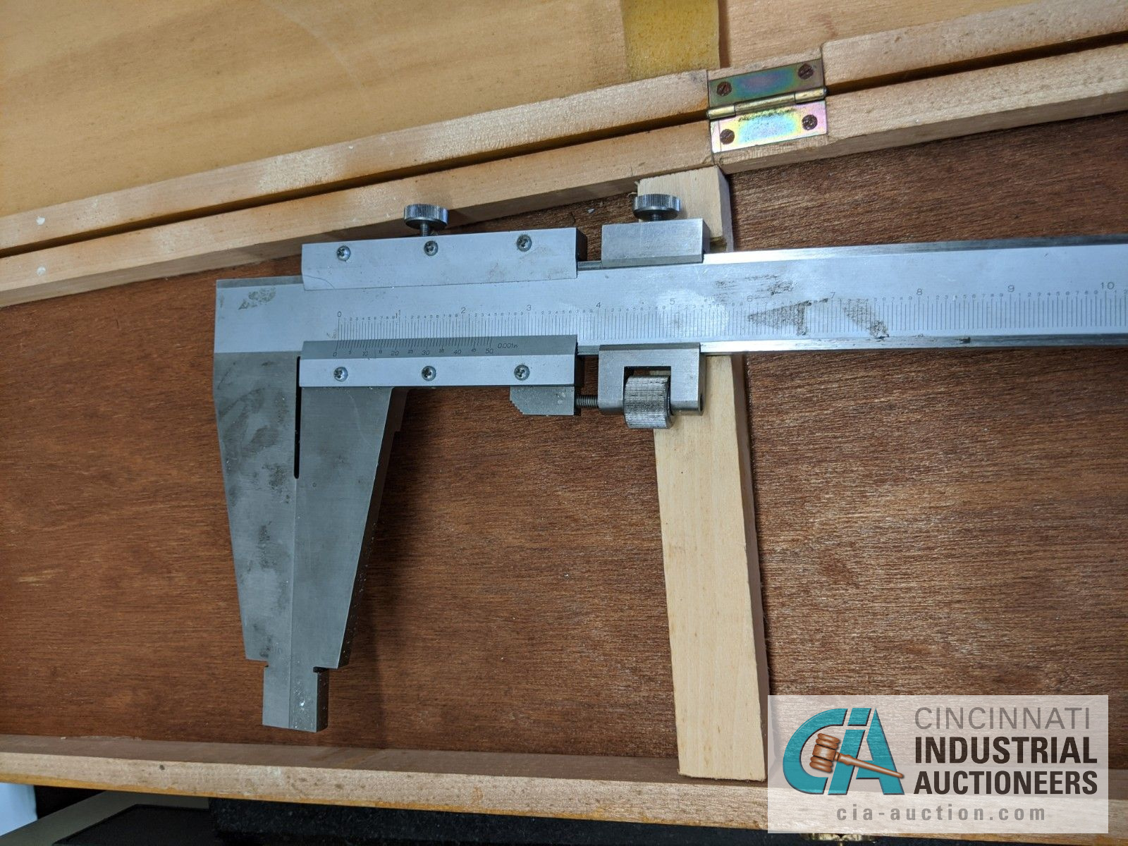 """40"""" STAINLESS STEEL CALIPER - Image 3 of 3"""