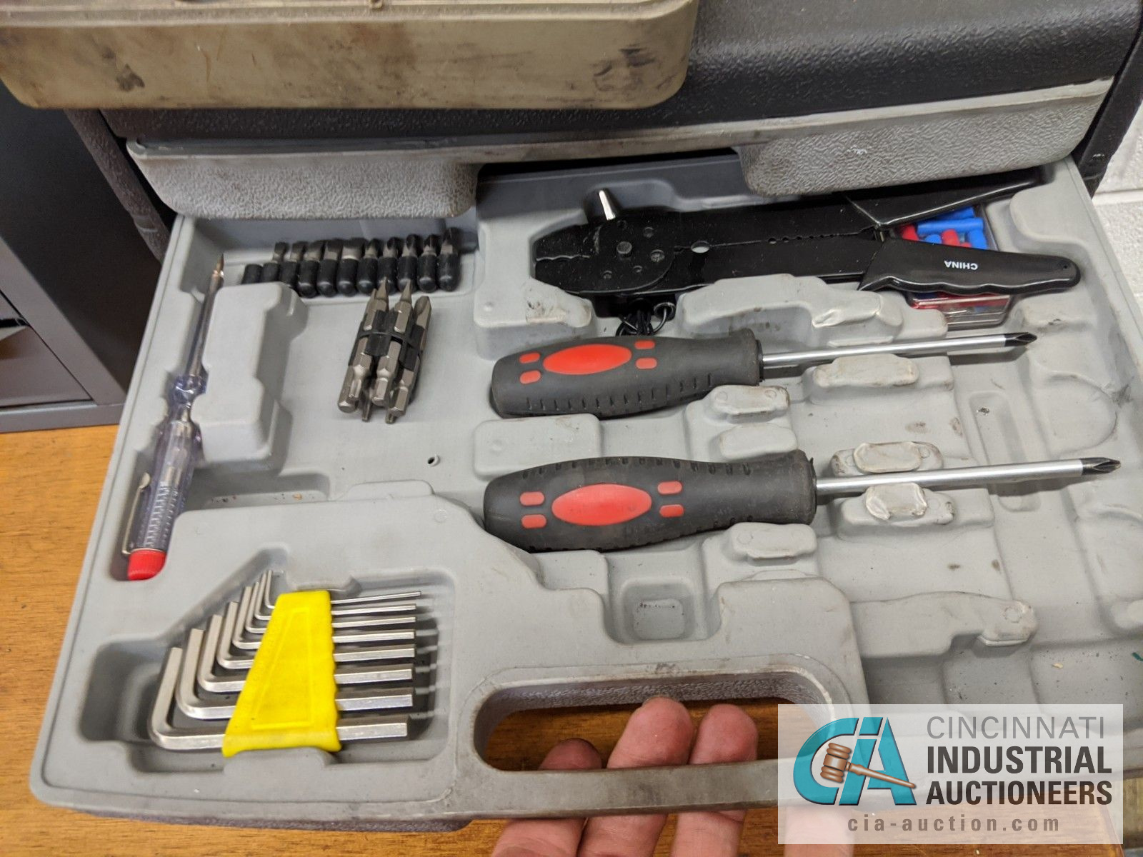 (LOT) TOOL SETS WITH WRENCHES, SOCKETS, OTHER - Image 3 of 5