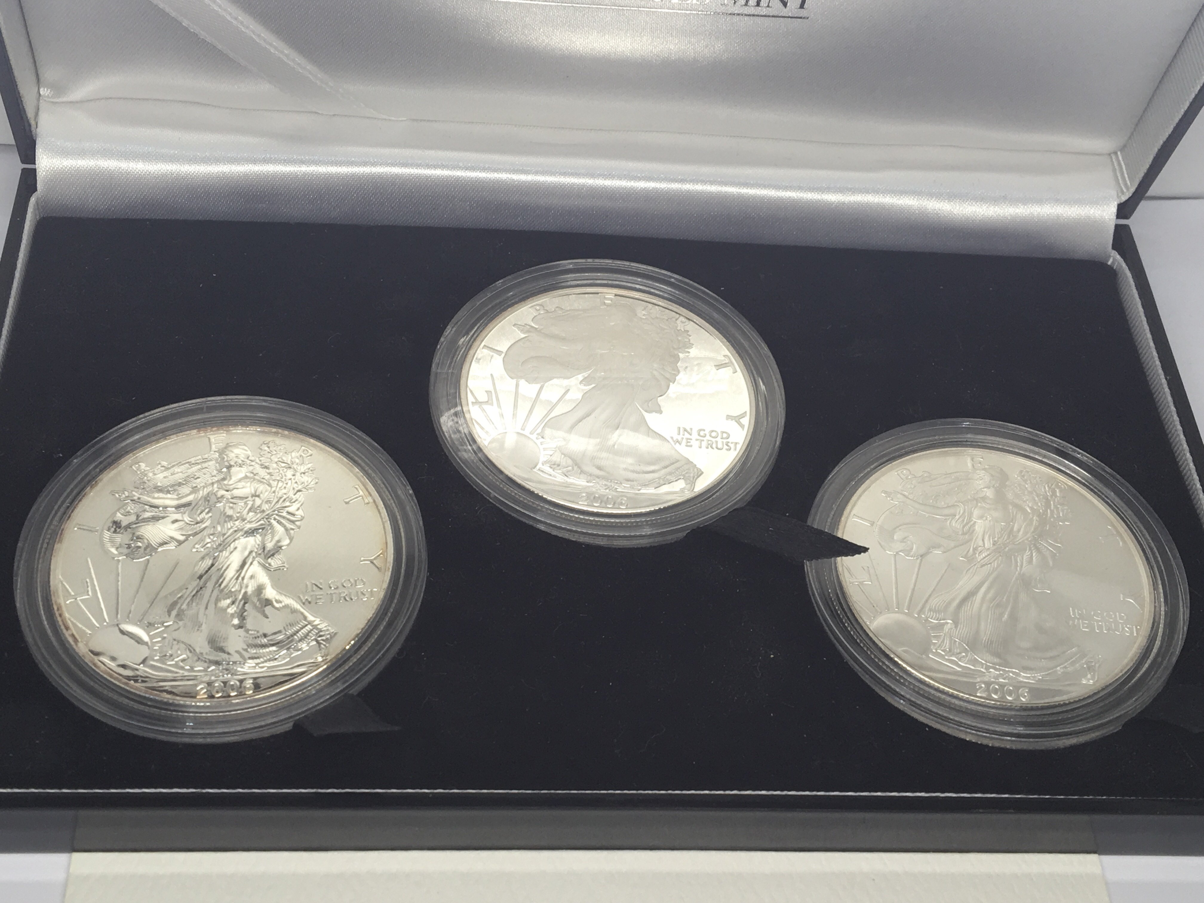 A 2006 American Silver( 9.99%) Eagale West Point T