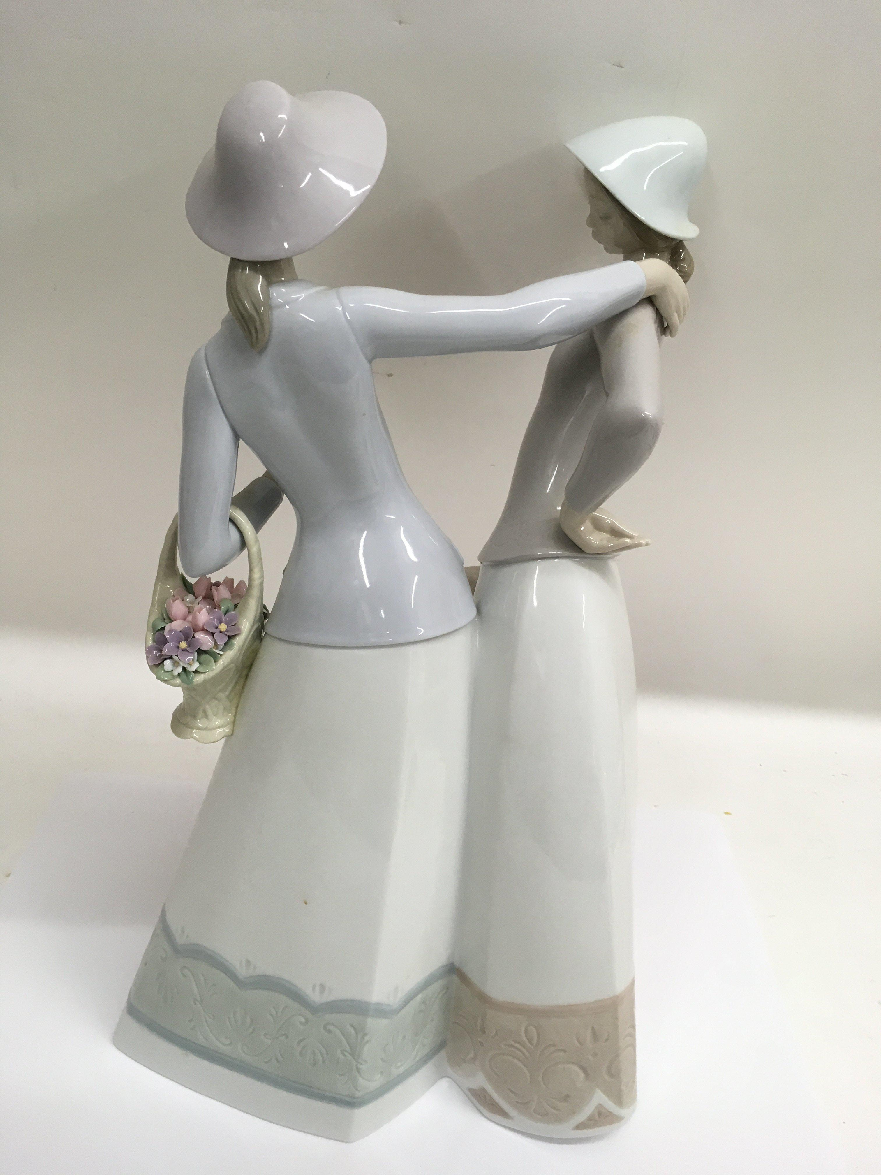 A large Lladro figure group 'The Encounter', boxed - Image 2 of 2