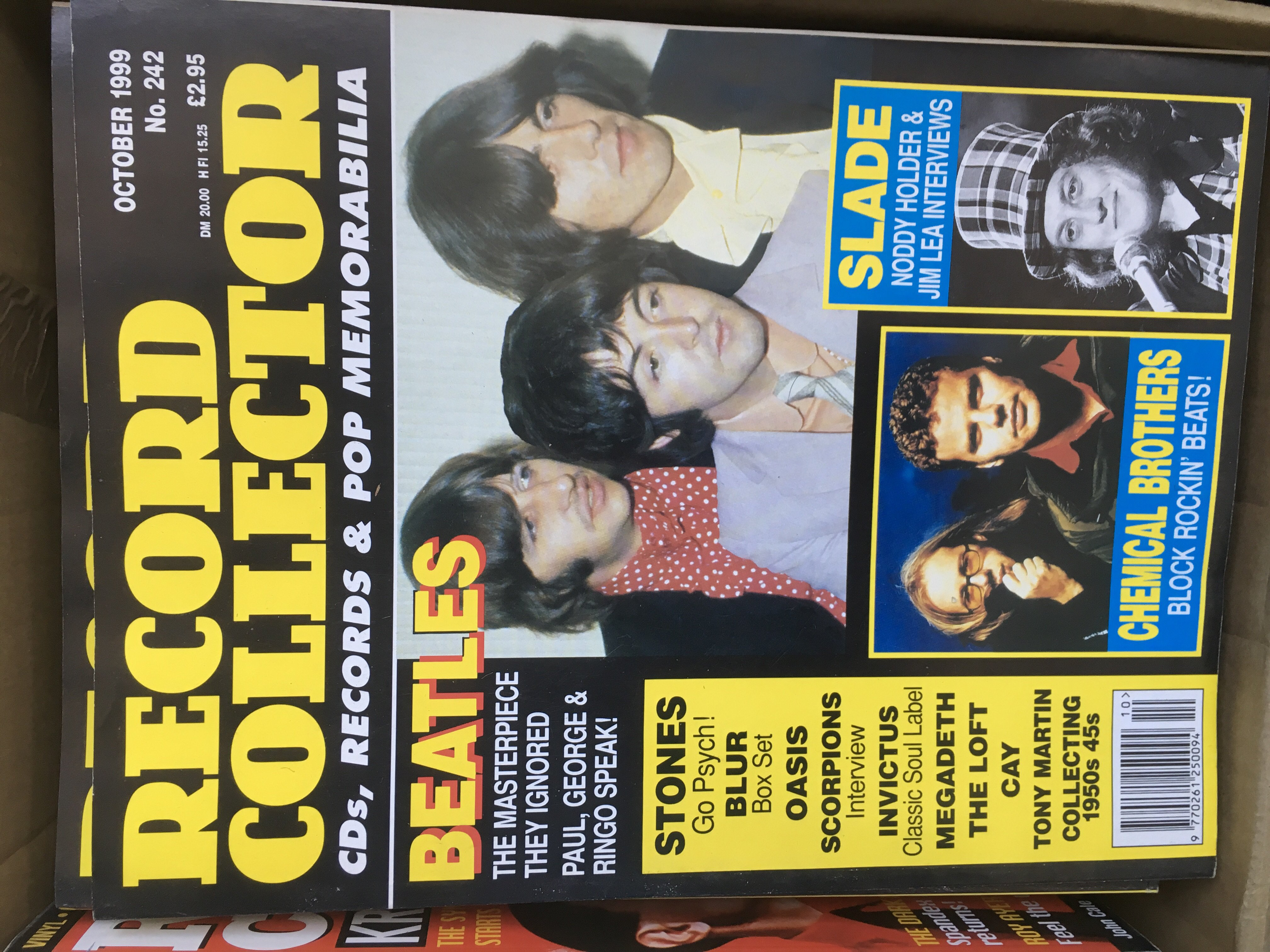 Lot 1310 - A large collection of various music magazines comp