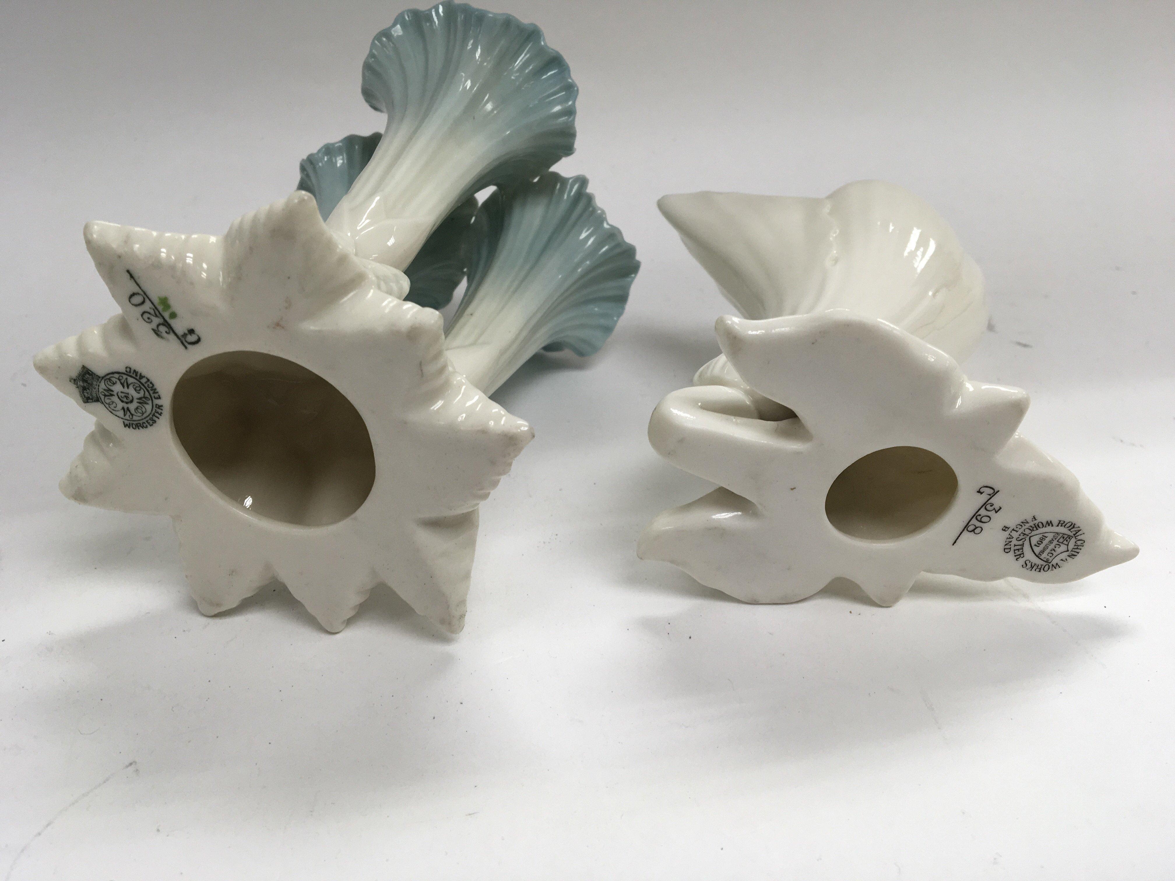 Lot 709 - Two Worcester porcelain flower vases Hight 15cm (2