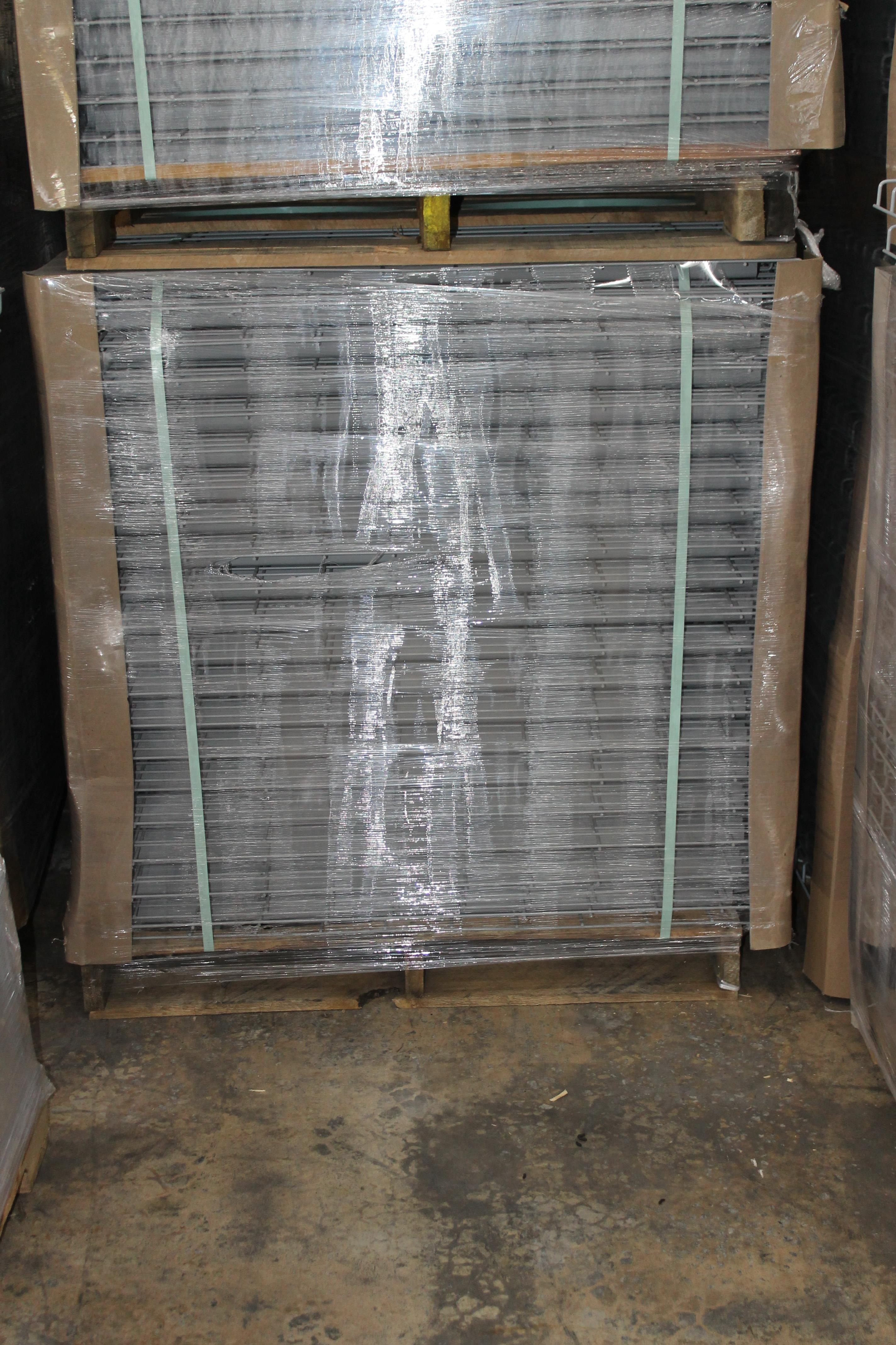 """NEW 120 PCS OF STANDARD 42"""" X 46"""" WIREDECK - 2200 LBS CAPACITY"""