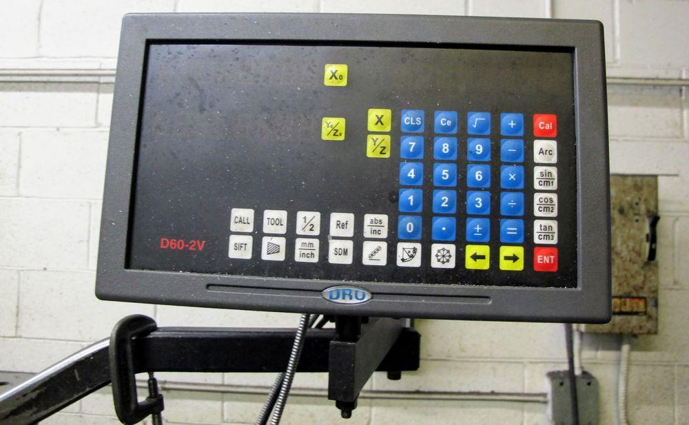 """BRIDGEPORT 2HP VERTICAL MILLING MACHINE, S/N 293877, 9"""" X 42"""" TABLE, D60-2V DRO, 575V, COLLET SET - Image 2 of 5"""