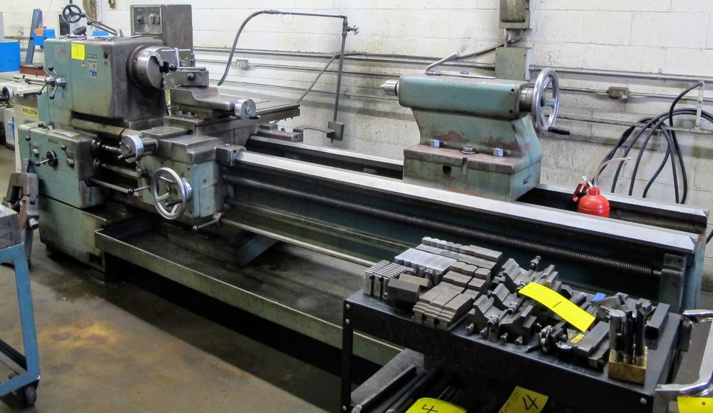 "TOS TRENCIN SN71B LATHE, 28"" SWING, 7' BED, 3 JAW CHUCK, TAIL STOCK, STEADY REST, QUICK CHANGE"