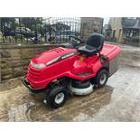 HONDA 2417 V TWIN RIDE ON MOWER, RUNS, DRIVES AND CUTS, ELECTRIC COLLECTOR, CLEAN MACHINE *NO VAT*