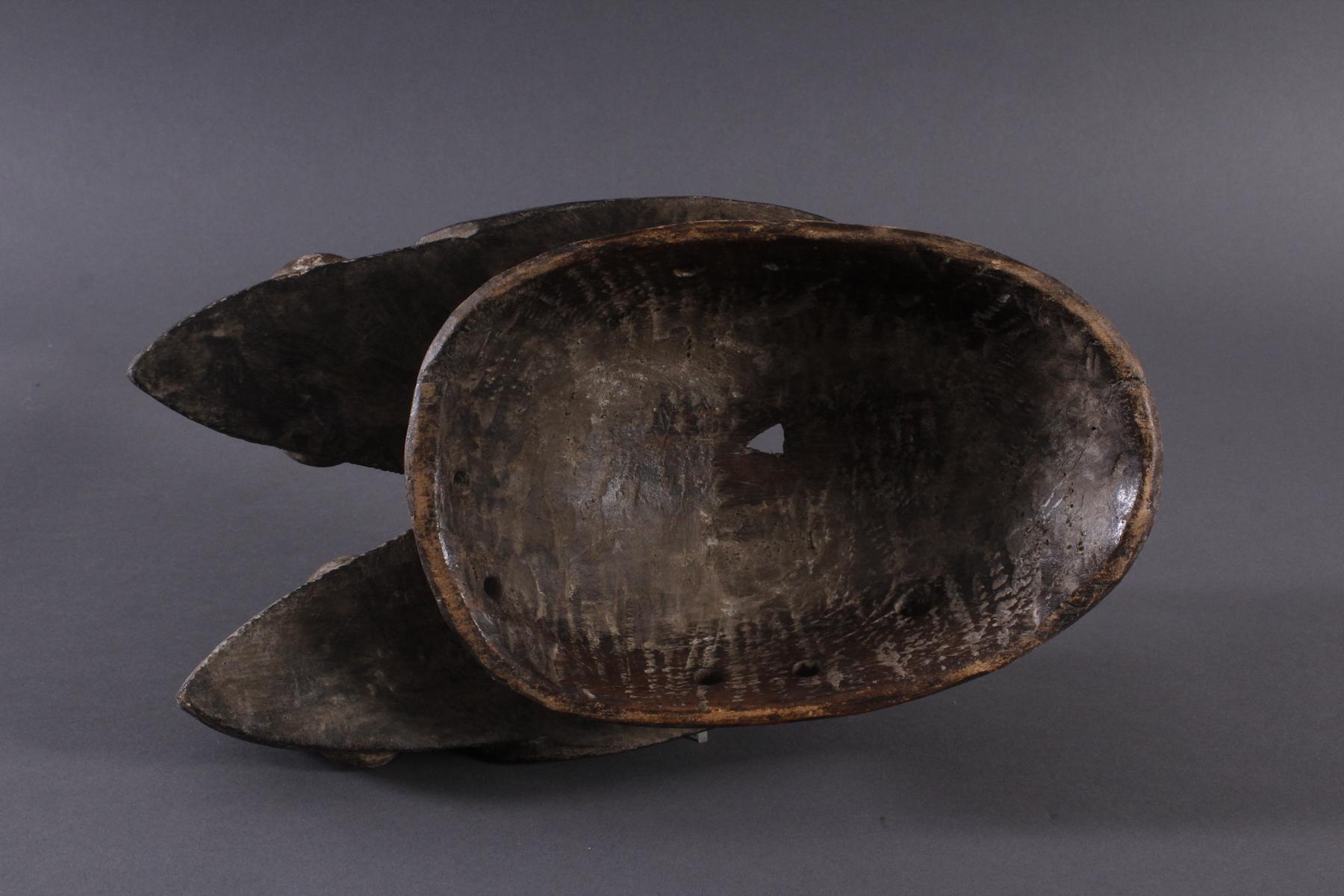 Antike Zwillingsmaske der Baule, Elfenbeinküste, 1. Hälfte 20. Jh.Holz geschnitzt, dunkle Patina. - Bild 6 aus 6