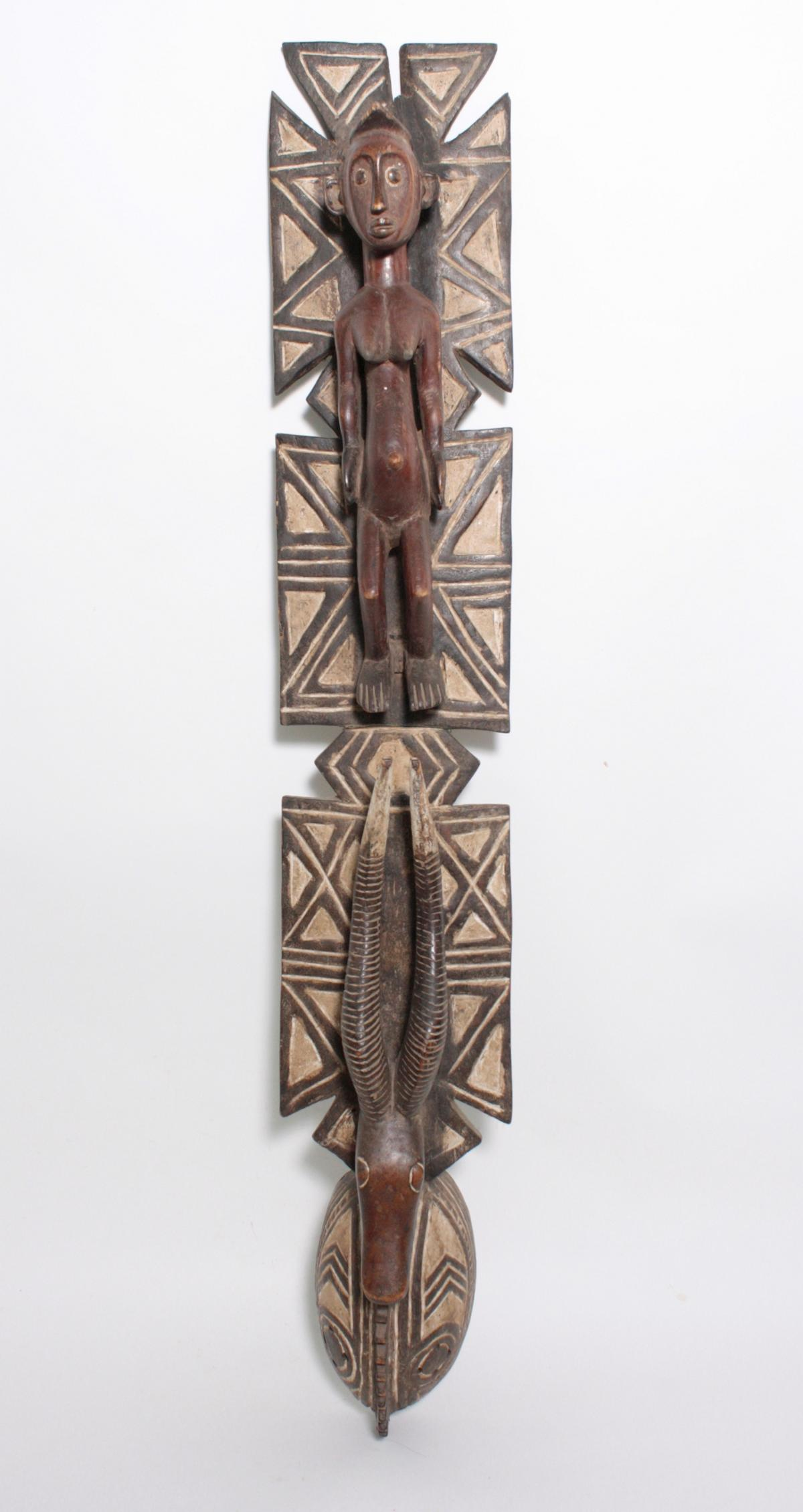Aufsatz-Tanzmaske, Mossi, Burkina Faso, 1. Hälfte 20. Jh.Holz, geschnitzt. Flach reliefiertes