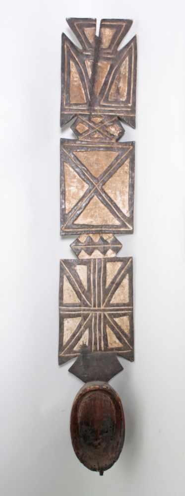 Aufsatz-Tanzmaske, Mossi, Burkina Faso, 1. Hälfte 20. Jh.Holz, geschnitzt. Flach reliefiertes - Bild 5 aus 6