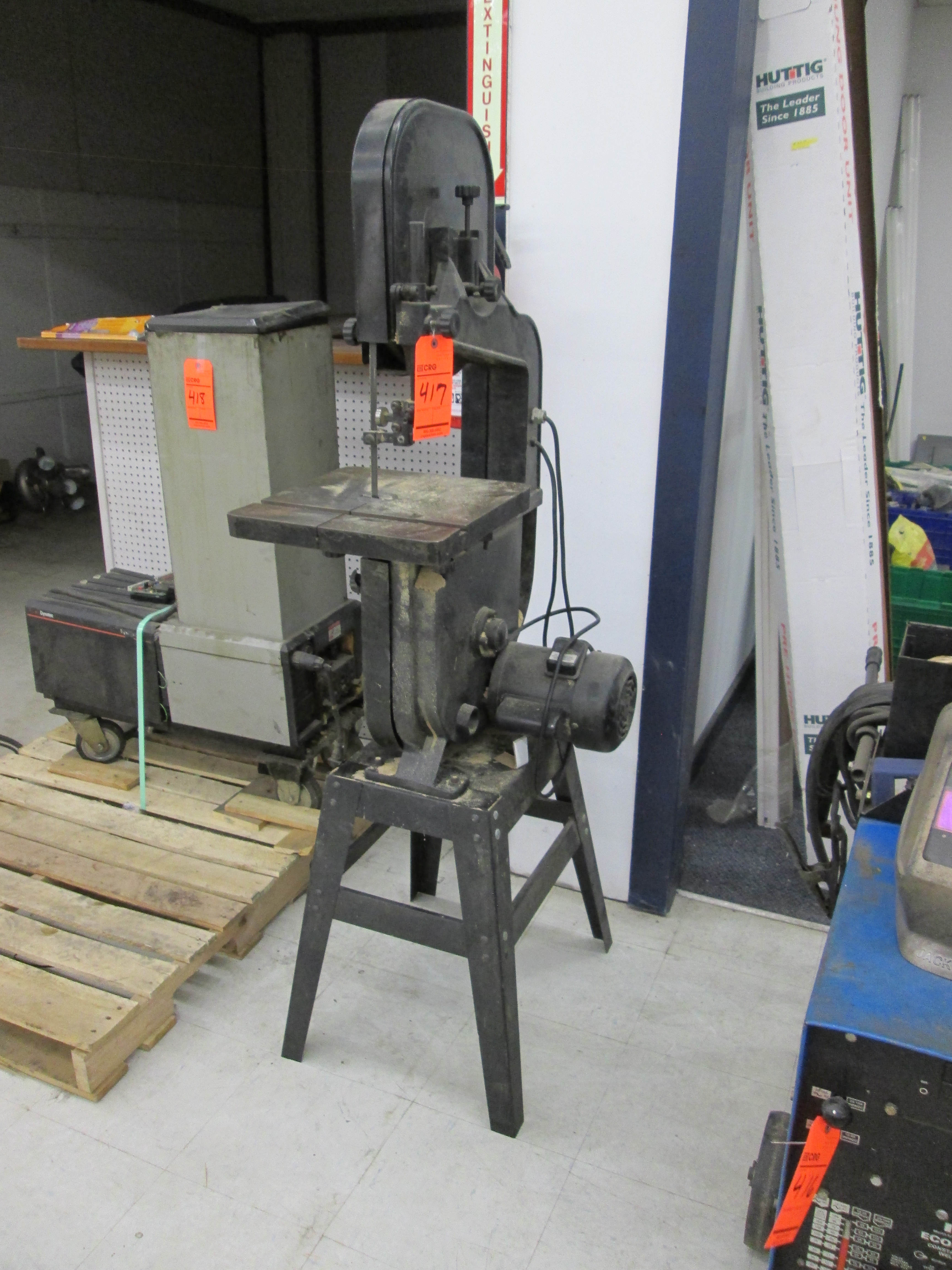 Lot 417 - Craftsman 4TJ91, 14 in. vertical band saw - LOCATED AT 524 ROUTE 7 SO., MILTON, VT