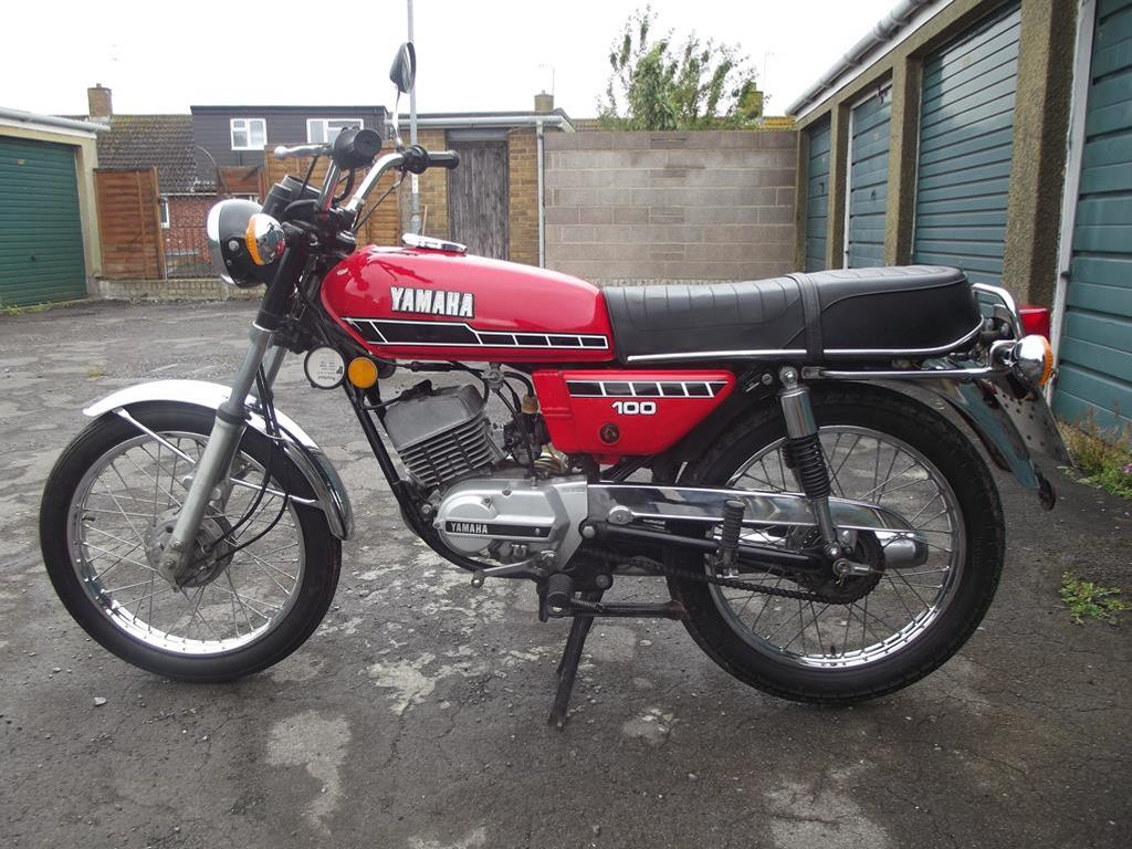 A 1978 Yamaha RS100, registration number UJM 271S, red ...