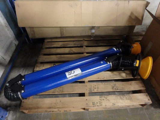 Lot 30 - Vacuum Lift Arm (Asset Location: Warehouse), (Site Location: Thorndale, PA)