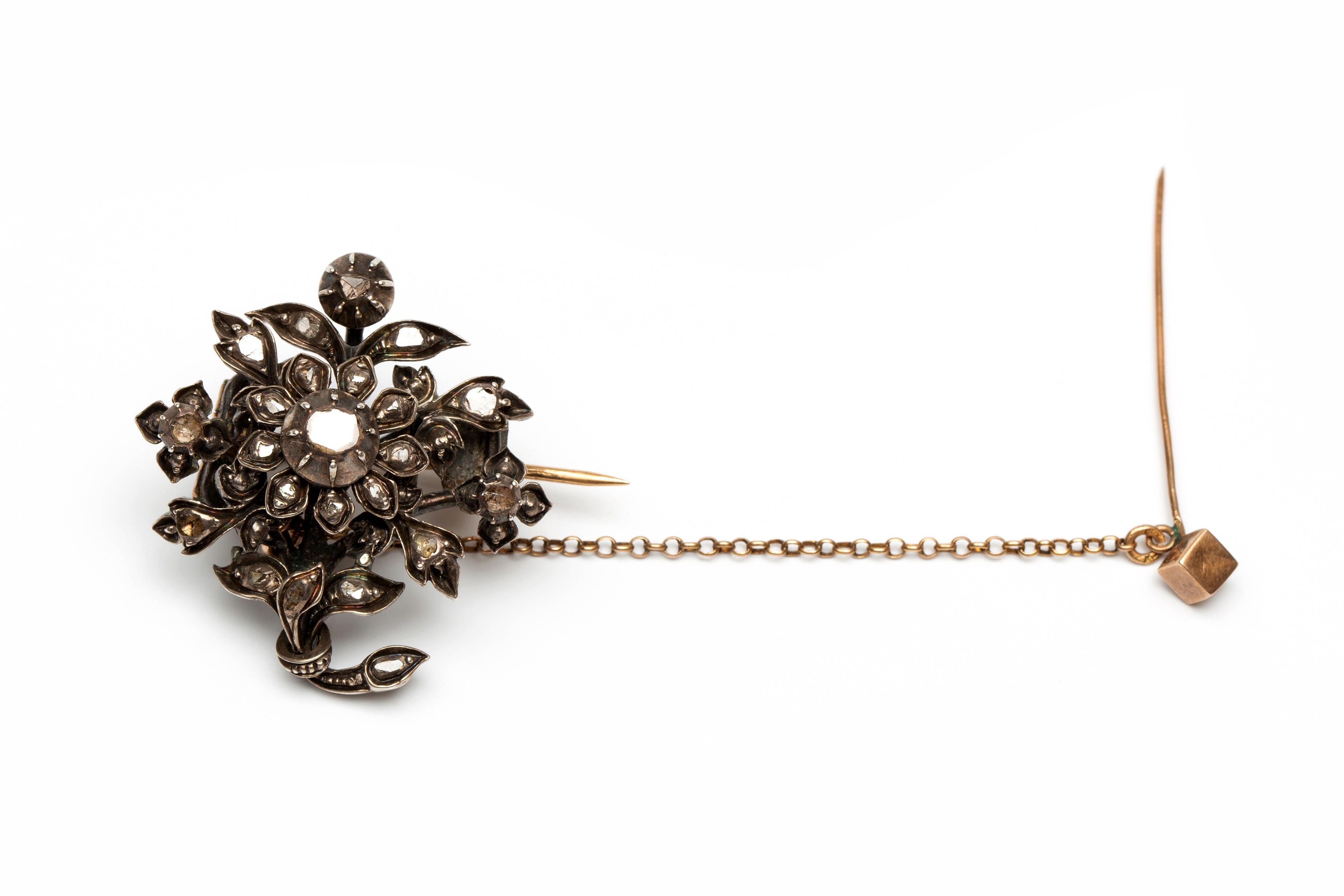 Zilveren en gouden bloembroche, 19e eeuw,