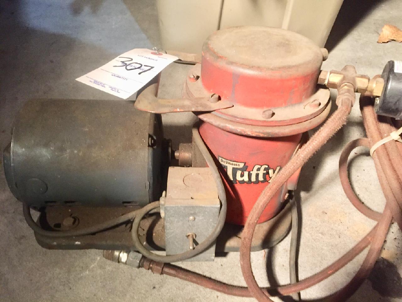 Lot 307 - Air Compressor