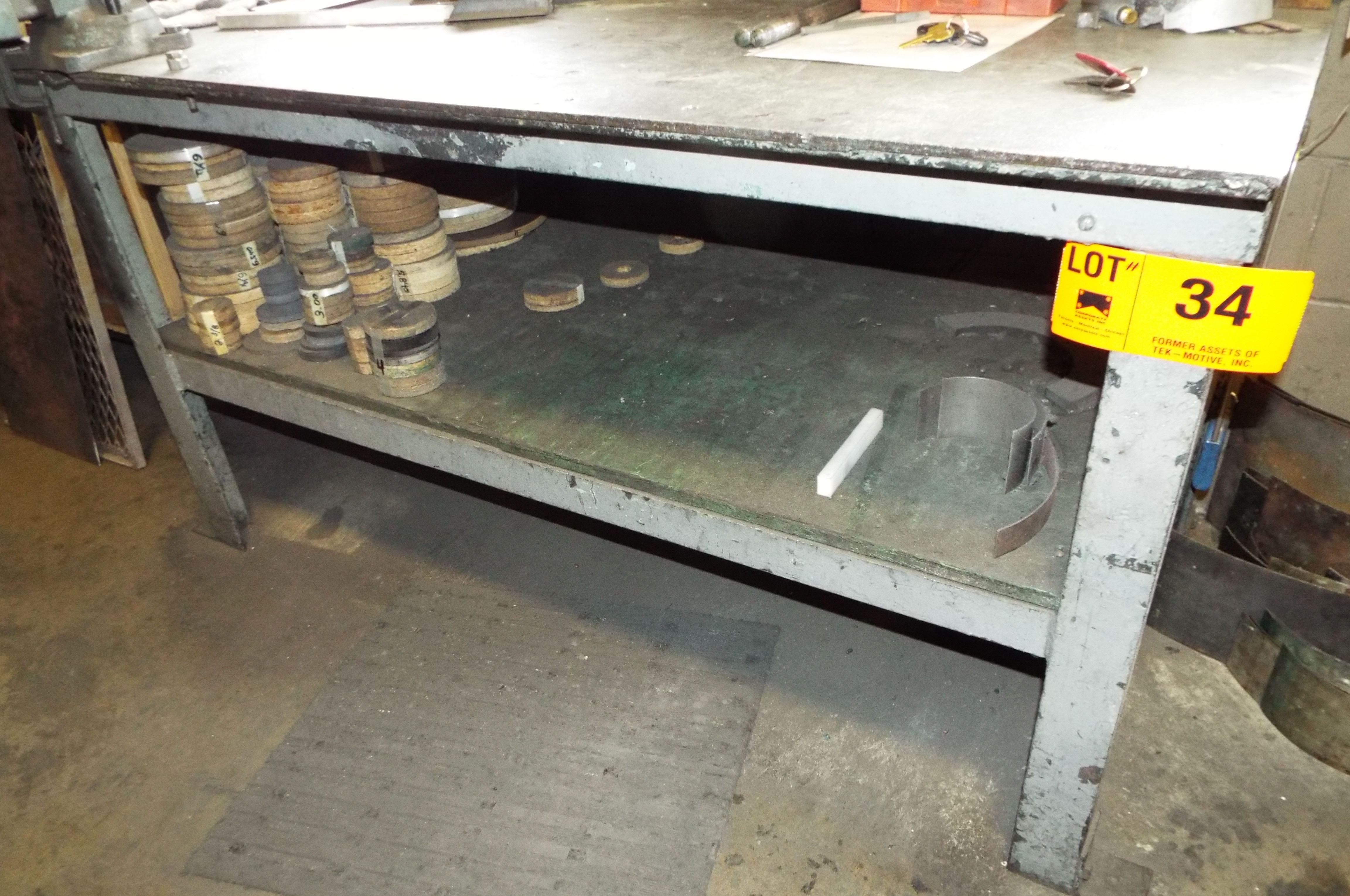 Lot 34 - WORK BENCH
