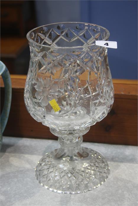 Lot 4 - Cut glass table lamp