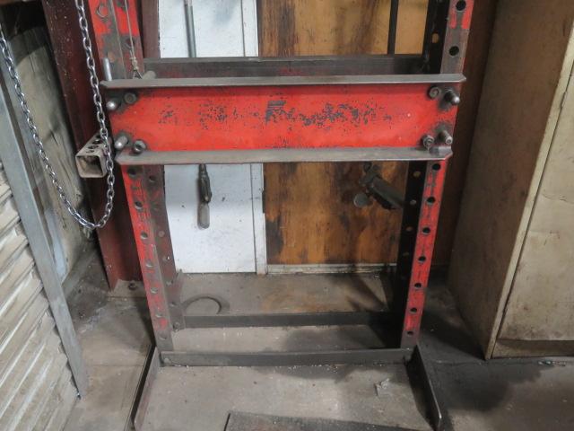 Lot 41 - Nugier mdl. H40-7 40 Ton Sliding Ram Hydraulic H-Frame Press s/n 5023034