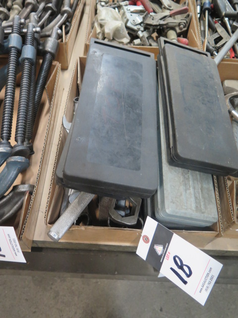 Lot 18 - Sockets and Wrenches