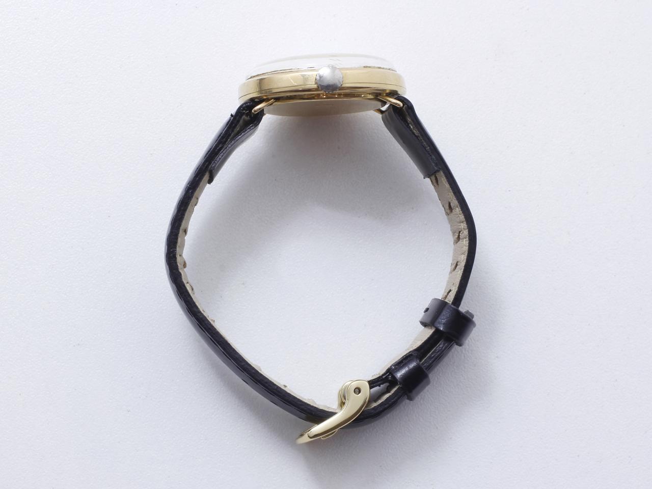 Lot 50 - Montre bracelet d'homme en or 750 millièmes, cadran ivoire avec index appliqués, [...]
