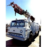 1984 FORD 800 TRUCK (POLE LIFTER/SETTER) (DIESEL) CAT ENGINE       VIN #