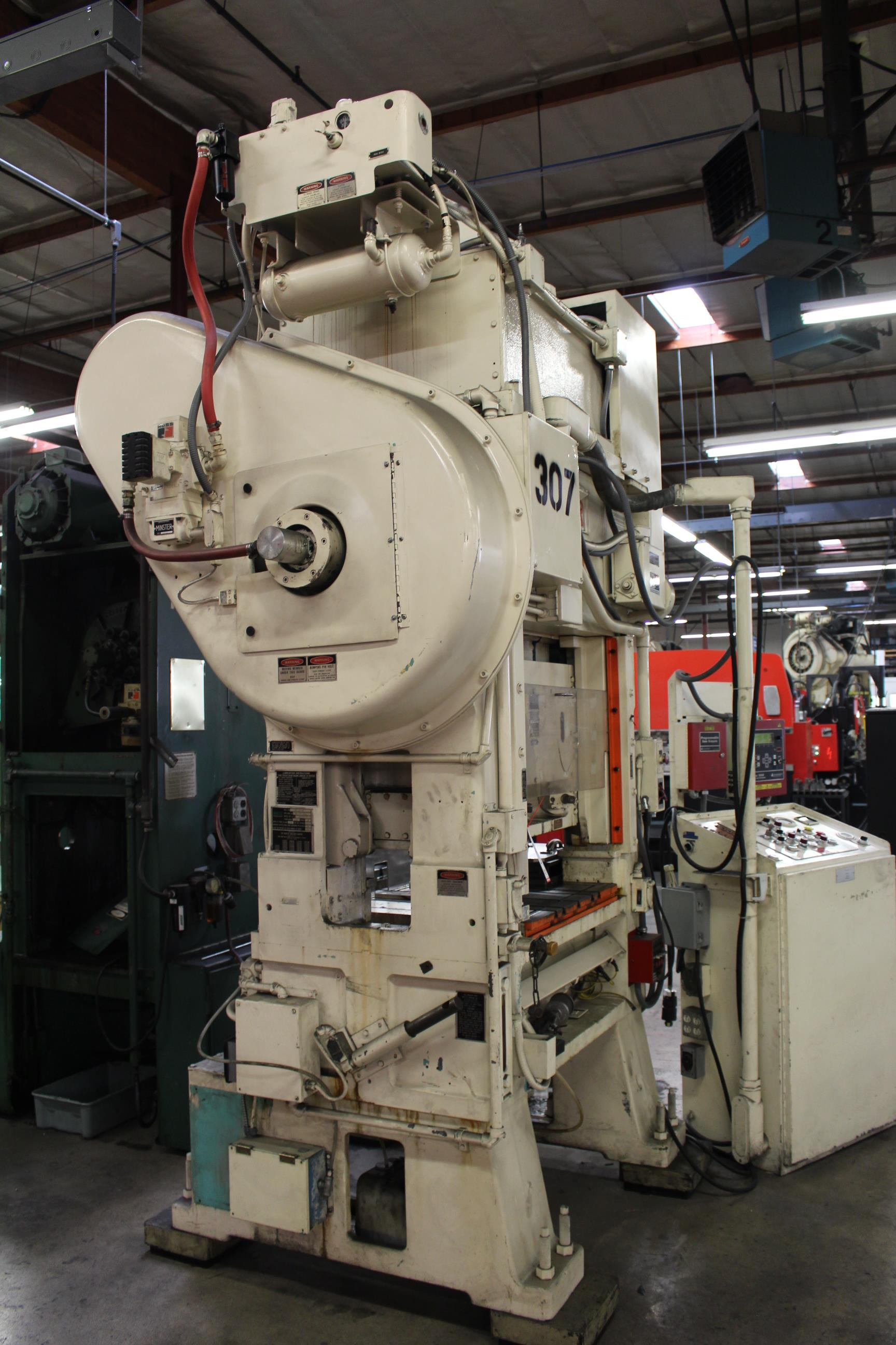 "MINSTER MODEL PM2-30-30 HIGH SPEED PUNCH PRESS, 30 TON CAPACITY, 30"" X 20"" BOLSTER, 0-1,000 SPM, 1- - Image 5 of 18"