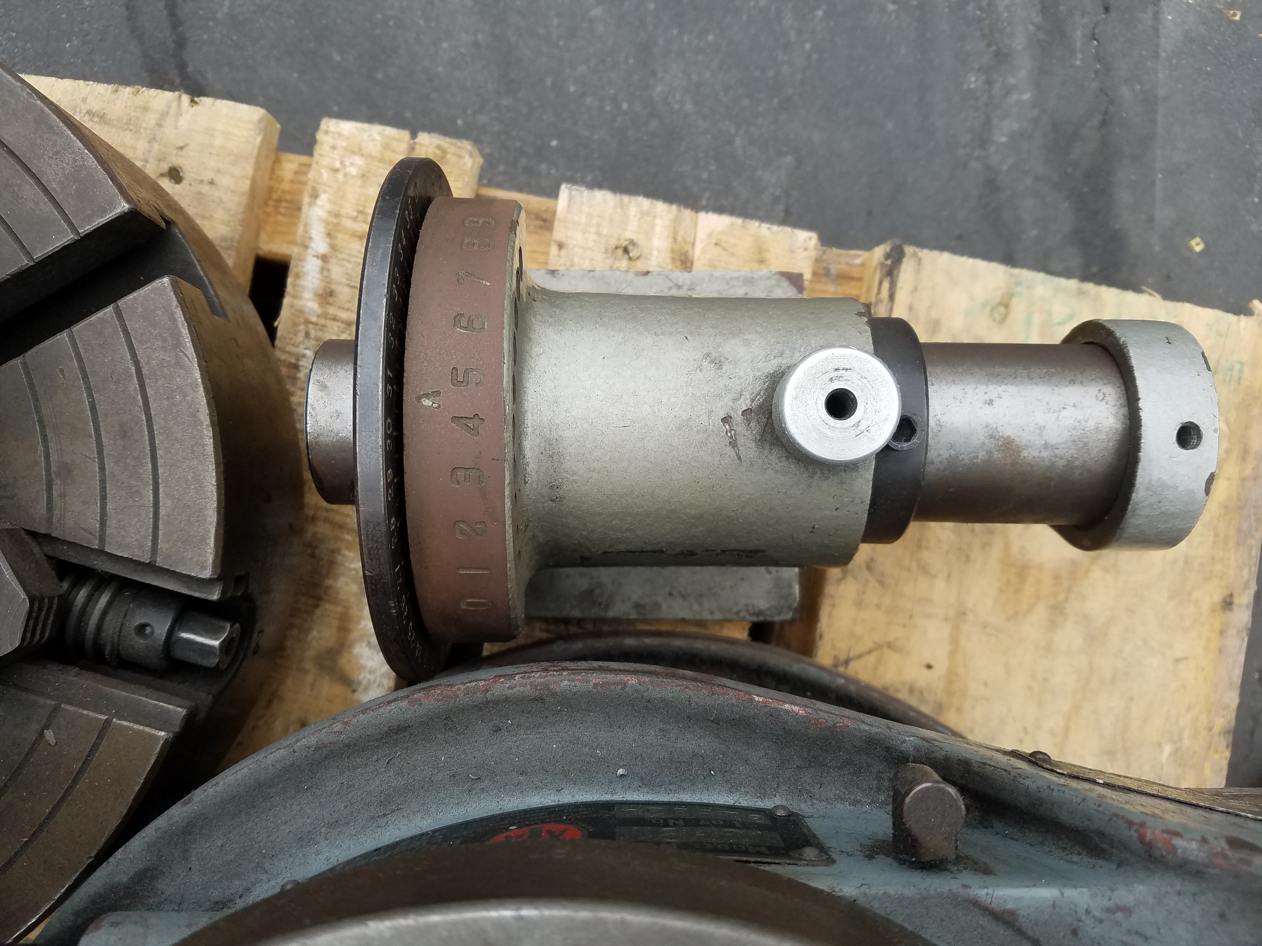 Lot 103 - ROTARY TABLES, MACHINE VISE, ETC