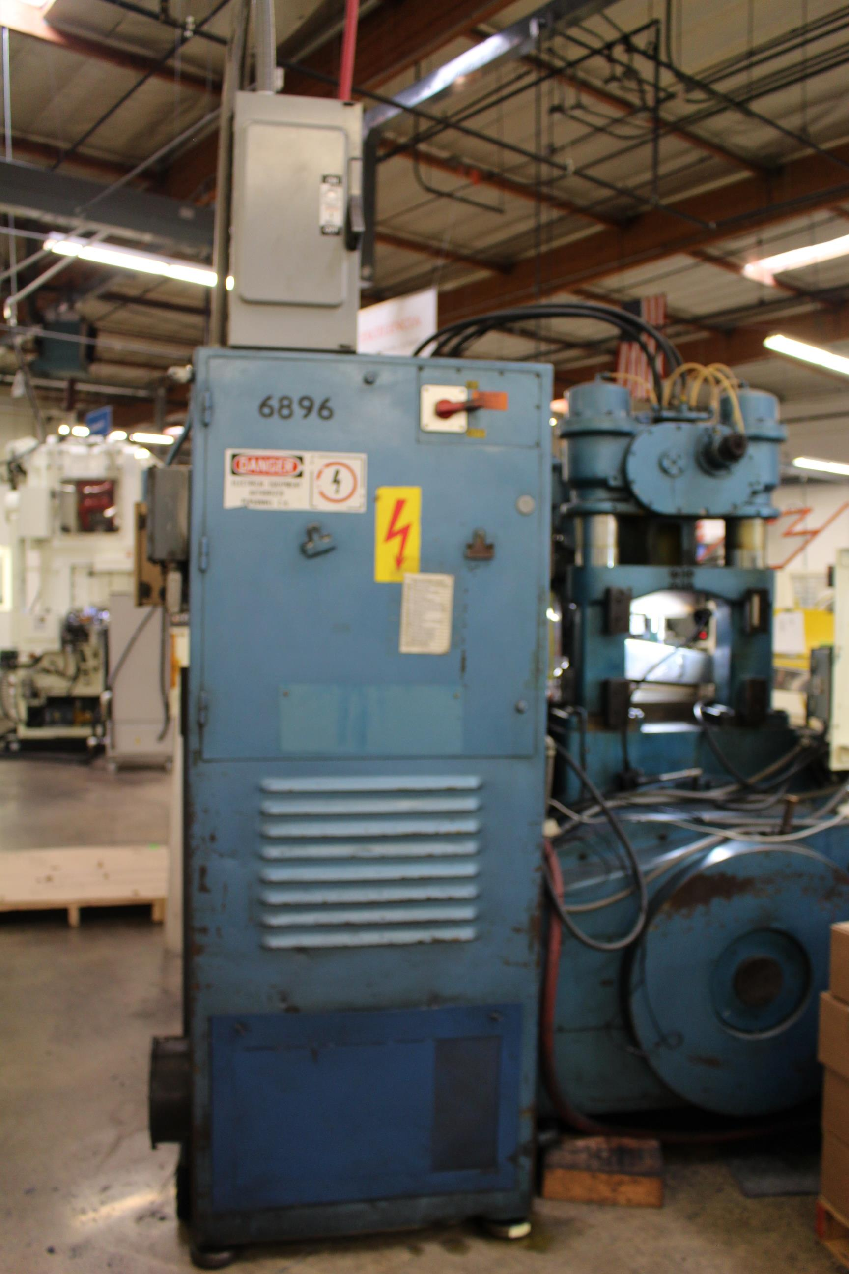 BRUDERER MODEL BSTA-60H HIGH SPEED STAMPING PRESS, 60-TON, DIE PRO 1500 WINTRISS DIE PROTECTION, 4 - Image 9 of 20