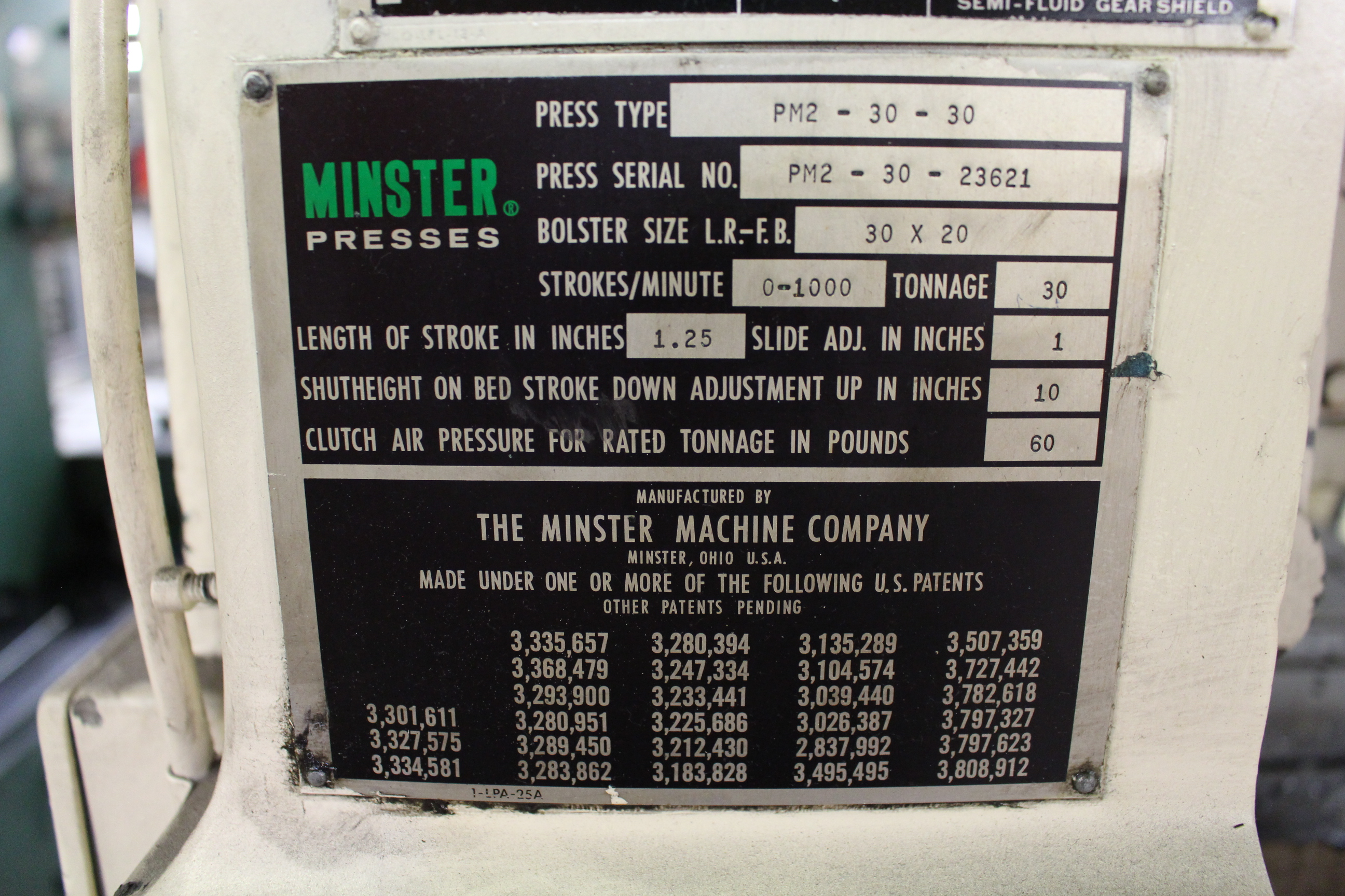 "Lot 3 - MINSTER MODEL PM2-30-30 HIGH SPEED PUNCH PRESS, 30 TON CAPACITY, 30"" X 20"" BOLSTER, 0-1,000 SPM, 1-"
