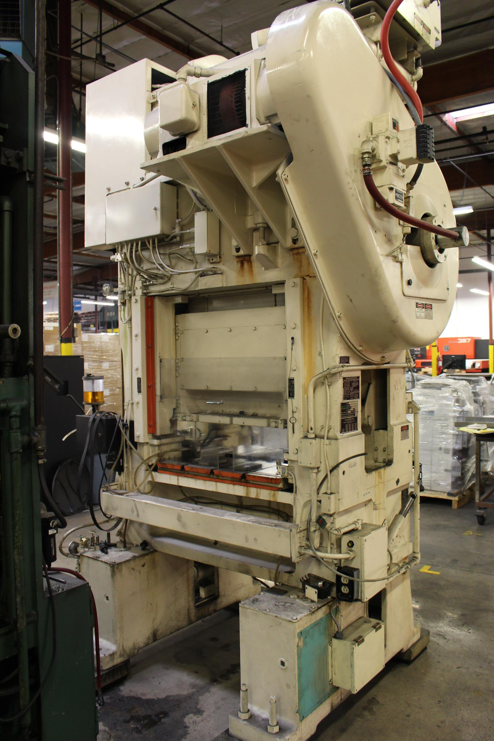 "MINSTER MODEL PM2-30-30 HIGH SPEED PUNCH PRESS, 30 TON CAPACITY, 30"" X 20"" BOLSTER, 0-1,000 SPM, 1- - Image 4 of 18"