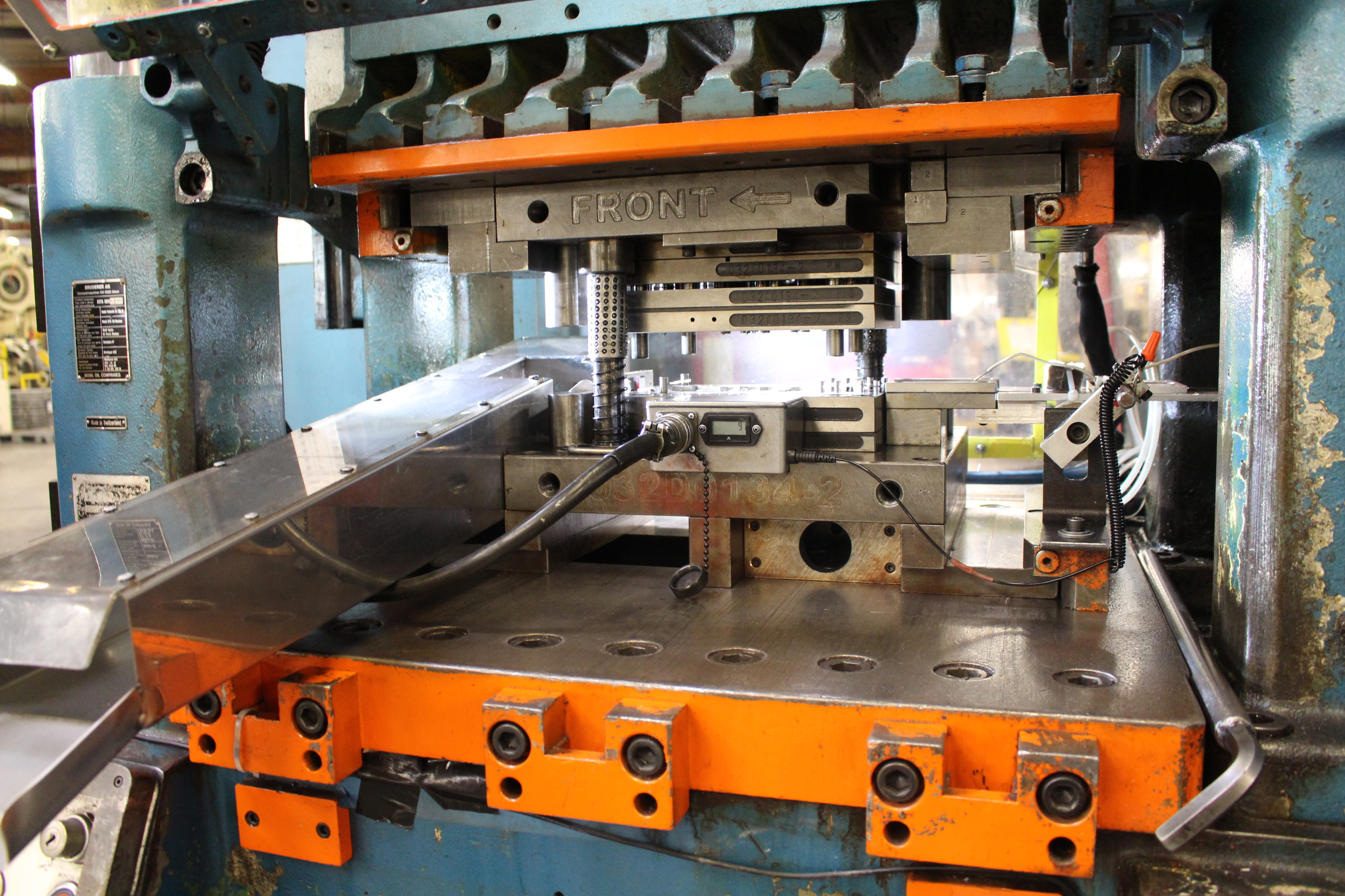 BRUDERER MODEL BSTA-60H HIGH SPEED STAMPING PRESS, 60-TON, DIE PRO 1500 WINTRISS DIE PROTECTION, 4 - Image 5 of 20