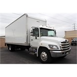 2016 HINO BOX TRUCK, MODEL 268, CONVENTIONAL CAB, METRO 25' BOX, LIFT GATE, 7.6L L6 DIESEL ENGINE,