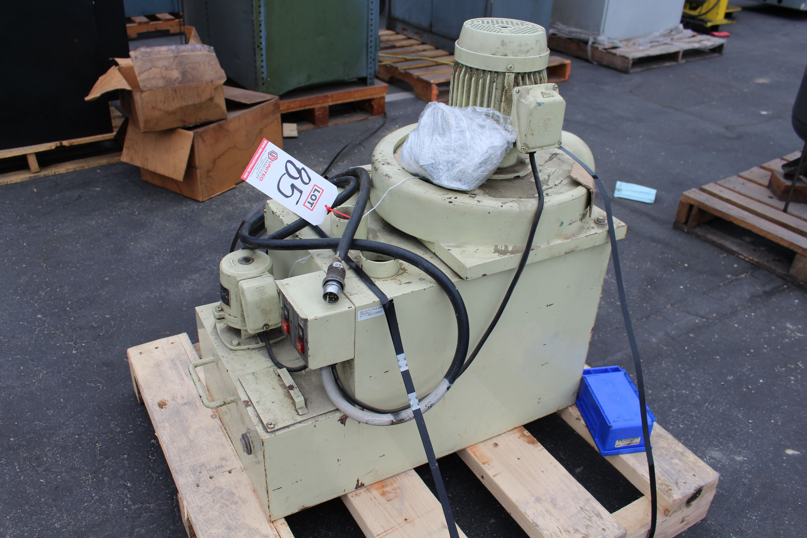 Lot 85 - PARTS COLLECTOR