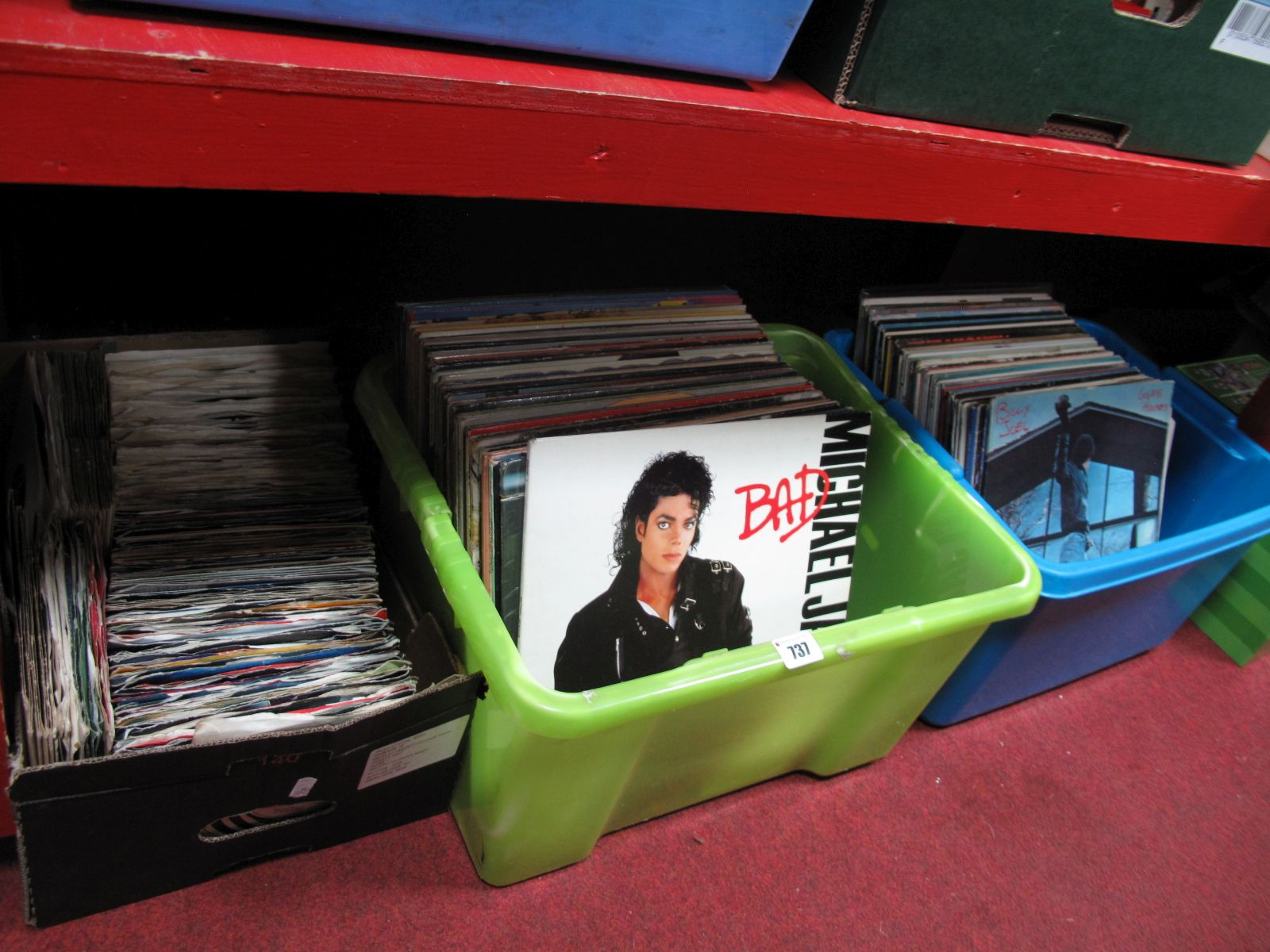 Lot 737 - A Quantity of 33 and 45 RPM records:- Three Boxes