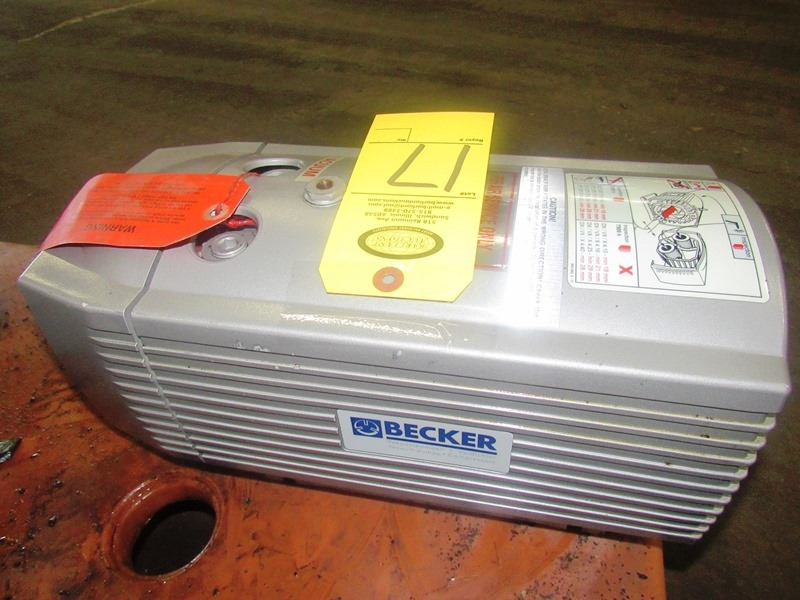 Lot 17 - Becker Mdl. VT4.16 Vacuum Pump, .055/.077 KW motor, Ser. #2591753