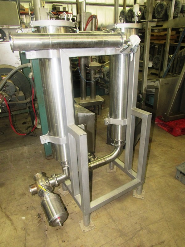 """Lot 49 - Stainless Steel Dual Inline Filters, 8"""" Dia. X 36"""" L filter cartridge, air activated pump"""