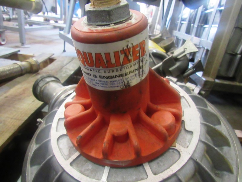"""Lot 21 - Wilden Air Operated Single Diaphragm Pump, 2 1/2"""" inlet/outlet"""